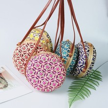 New Round Straw Beach Bag Circle Rattan Bag Women Handbag Colorful Flower Pattern Female Message Shoulder Bag Travel Beach Bag leaves flower pattern round beach throw