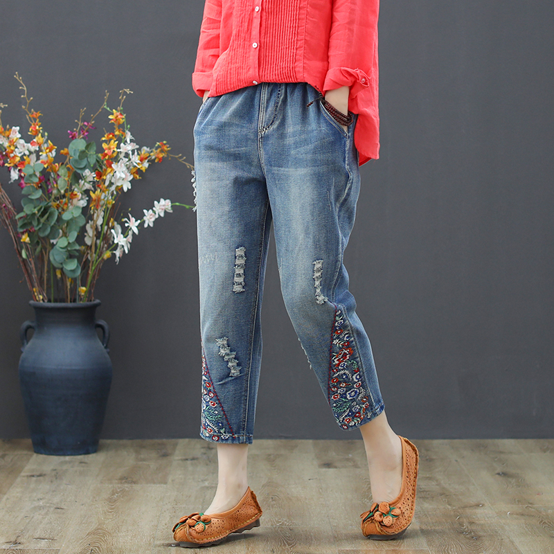 Vintage Floral Embroidered Ripped Jeans For Women High Waist Jeans Female Loose Denim Pants Capris Plus Size Vaqueros Mujer