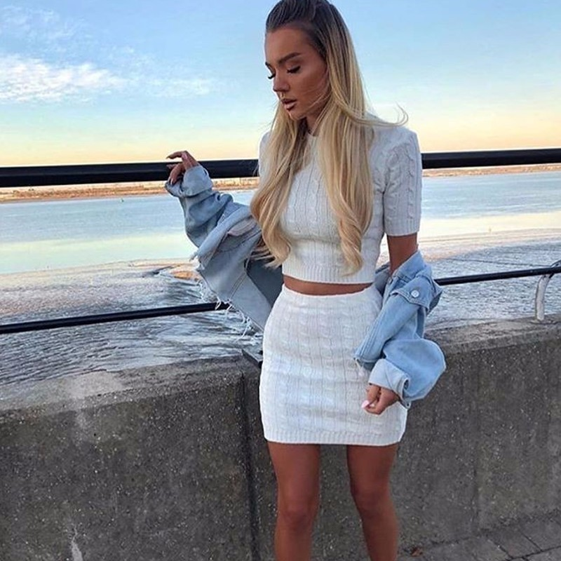 Fuedage Autumn Knitting Sweater Two Piece Set 2018 Solid Half Sleeve Top And Skirt Women Set Stripe 2 Piece Set Women Outfits