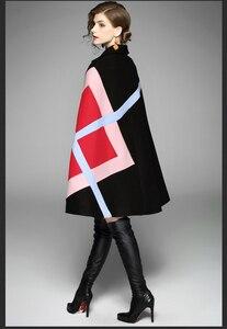 Image 3 - חדש 2019 אופנה נשים חורף מעיל גיאומטרי תבנית עטלף שרוול צמר חם גלימת שכמיות שכמיית מעיל צמר תערובות הלבשה עליונה