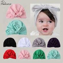 Новинка года; Брендовая детская шапка-тюрбан для новорожденных мальчиков и девочек; однотонная теплая хлопковая шапка ярких цветов с бантом; зимняя шапка для больниц