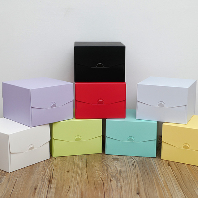 2017 جديد لون الخبز صندوق 6 بوصة 21x21x15 سنتيمتر 8 بوصة 26x26x15 سنتيمتر 10 بوصة 12 بوصة تنقش عيد ميلاد كعكة المعجنات هدية صندوق