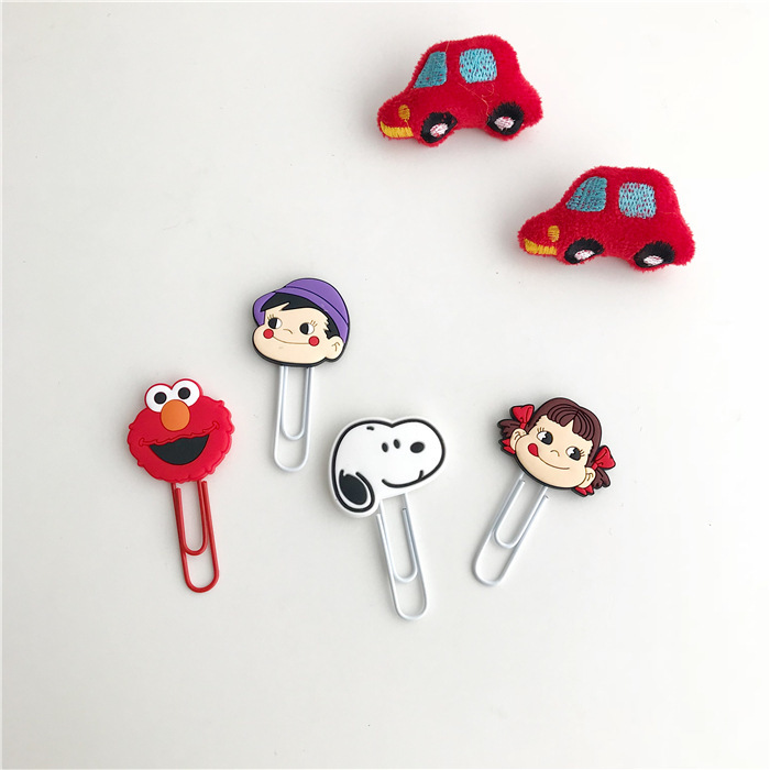 SIXONE 4 Piece Suit Cartoon Silica Gel Paper Clip Lovely Snoopy Student Stationery Bookmark Note Clip Pin