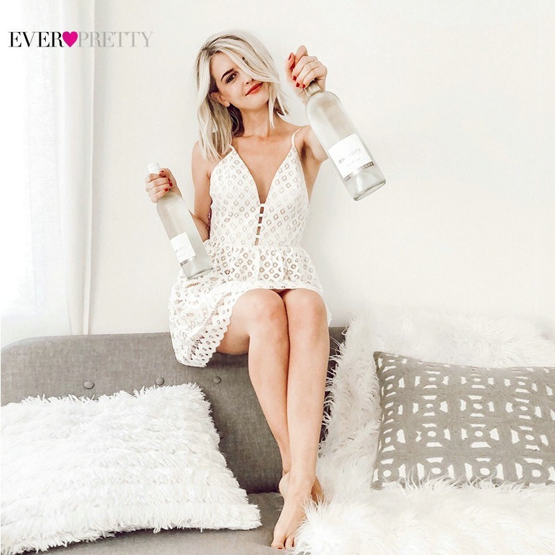 Sexy   Cocktail     Dresses   Ever Pretty AS05615 V-neck A-line Lace Mini Short Party Gowns 2019 Causal Backless Robe De   Cocktail   Courte