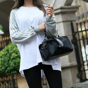 Image 5 - Женские кожаные сумки, новая сумка ведро из конского волоса с бриллиантами, меховая сумка на плечо с цепочкой, зимняя винтажная сумка мессенджер из Бостона
