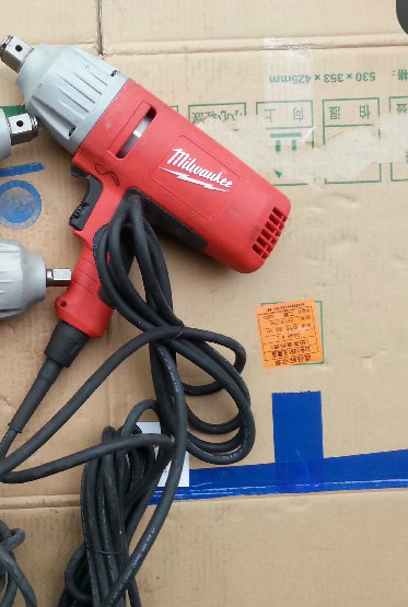 United States Milwaukee Meters Swatches Electric Impact Wrench Ipwe 400 Rq Original 230v Used Products In Tool Accessories From Tools On