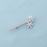 Free shipping Fashion and elegant double snowflakes brooch can men and women