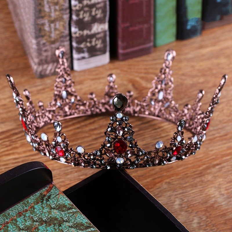 Vintage Round Large Queen Tiara Crown Red Crystal Rhinestone Headdress for Wedding Bridal Baroque Headpiece Gift Costume Jewelry