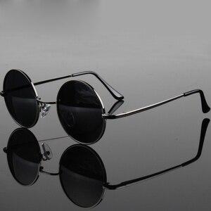 ريترو الكلاسيكية خمر جولة الاستقطاب النظارات الشمسية الرجال العلامة التجارية مصمم نظارات شمسية النساء إطار معدني أسود عدسة نظارات القيادة