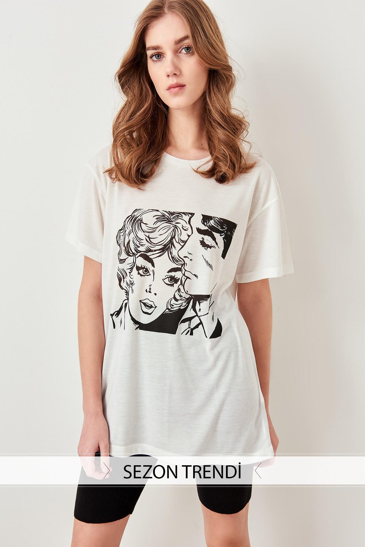 Trendyol Printed T-shirts Knitting Patterns White Boyfriend TWOSS19VG0123
