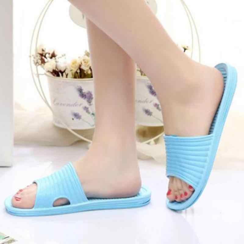 Novas Mulheres de Verão Sandálias de Praia Casa de Banho Ultraleve Casa Interior Chinelos Confortáveis Chinelos de Plataforma Sapatos Casuais Femininas #2