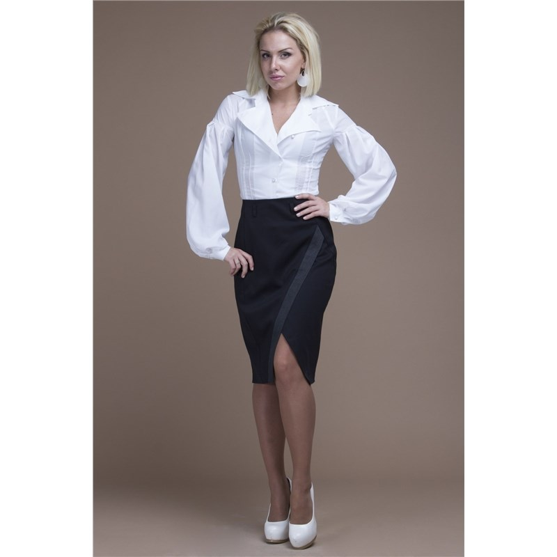 Office pencil skirt with decorative V-neck.
