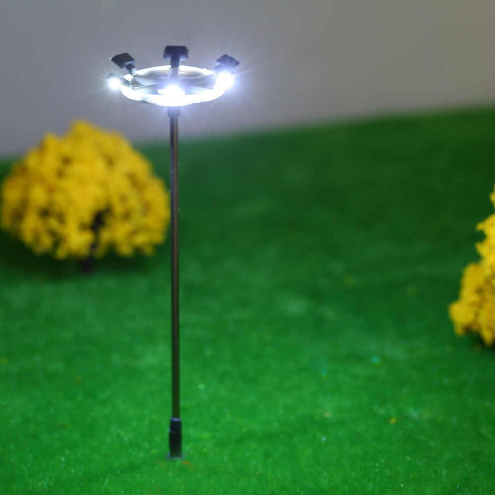5 sztuk uliczne światła układ latarni pociąg ogród plac zabaw dla dzieci dekoracje lampa Led oświetlenie w skali 1:100 115mm