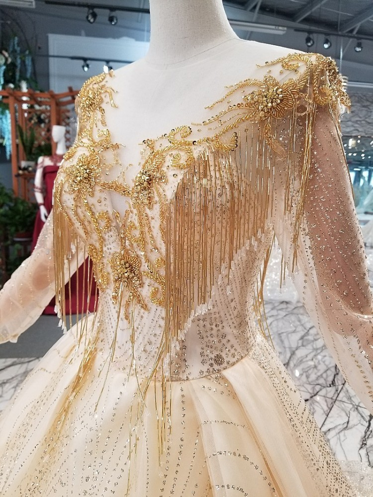 2019 New Fashion Champagne Eppliqued Beading Tassel And Crystal  Pearl  Sequined A-line Vintage Style  Wedding Dress