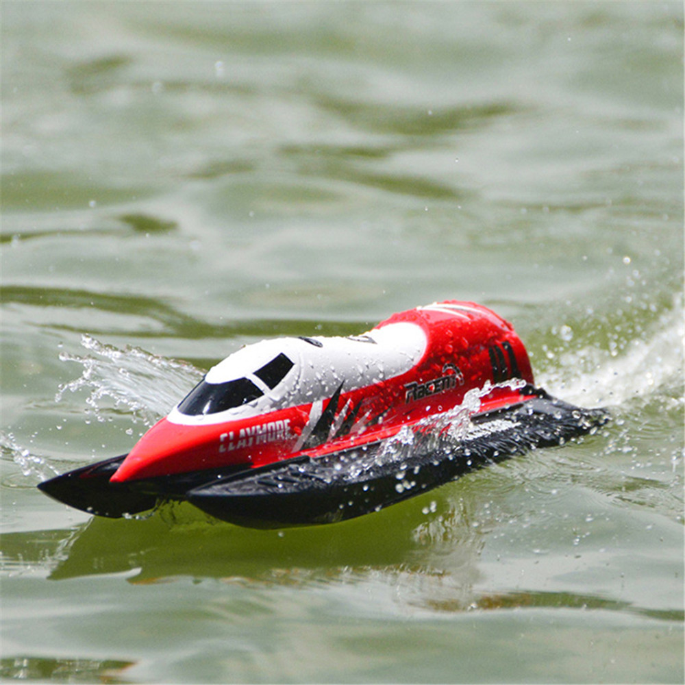 2018 new remote control boat toy 2 4g 4ch waterproof 28km h mini rc boat summer water toy gifts long control distance rc boats Waterproof RC Boat 28km/H Speedboat Summer Water Toy 2CH Radio Control Boats Automatic Flip Over For Children Toys Kids Gift