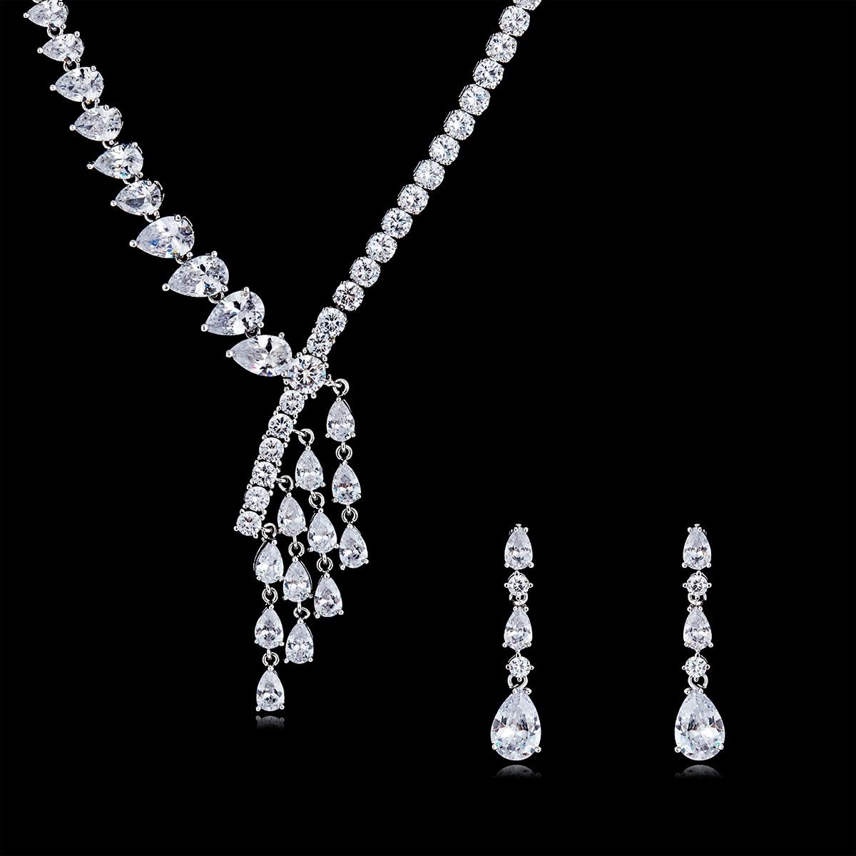 Individualité cristal CZ cubique Zircon mariée mariage fleur collier boucle d'oreille ensemble pour femmes bijoux accessoires CN10141