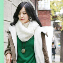 купить Crochet Women Scarves Lovers design Winter Scarf Knitted Soft Wool Collar Solid Color Neck Warmer Shawl Wraps Warmer дешево