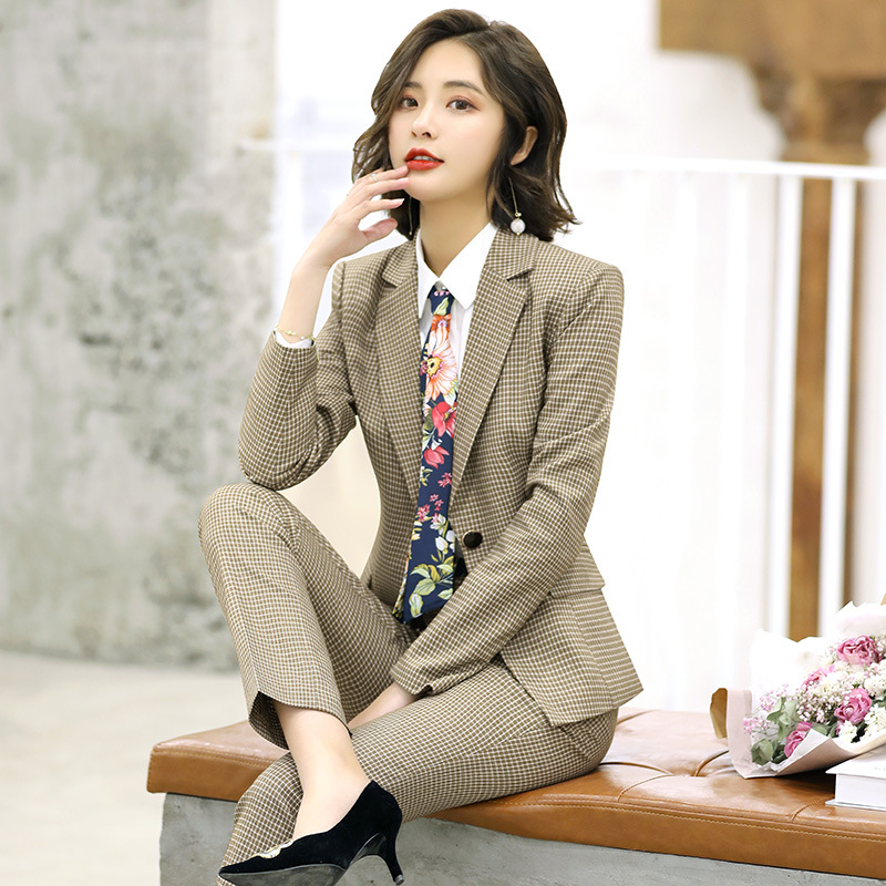 British plaid professional suit female 2019 autumn new small suit ladies overalls temperament slim slimming small suit female
