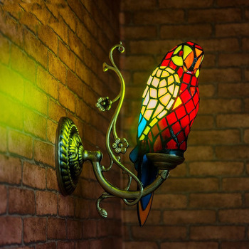 Pastoral Tiffany Gaya Retro Mewah Burung Beo Burung Lampu Dinding Kaca Patri Bar Hias Dinding Lampu Lampu