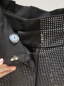 Image 5 - LANMREM 2018 أزياء جديدة من حجر الراين عالية الخصر الدانتيل مرونة القطن فضفاضة واسعة الساق السراويل السوداء سراويل الإناث YG09101