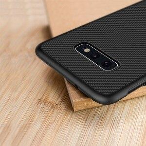 Image 1 - Fibre synthétique Nillkin pour Samsung S10e coque en fibre de carbone PP coque arrière en plastique pour Samsung Galaxy S10e coque luxe 5.8