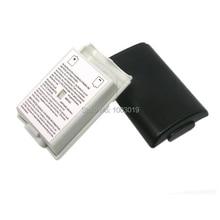 Battery Pack Copertura di Caso Scudo Vano Kit per Xbox 360 360 Controller Wireless Gamepad 2 di Colore Bianco/Nero