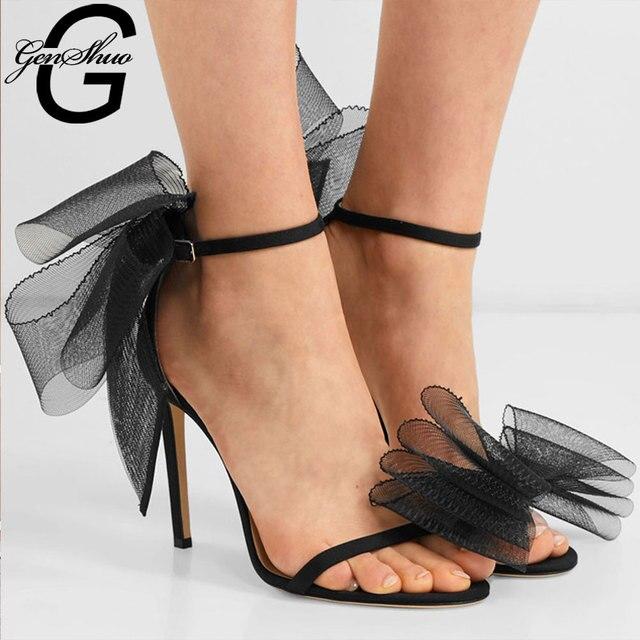GENSHUO الساتان حذاء امرأة حلوة كبيرة القوس عقدة أنيقة الكاحل حزام أحذية الحفلات أسود عالية الكعب أحذية الزفاف الأبيض المفتوحة حذاء مزود بفتحة للأصابع