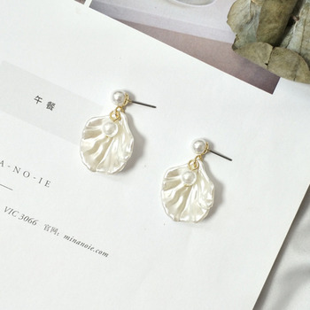 Tendy Light Shu Elegant And Quiet Pearl Ear Nail Temperament Sweet Cute Short Fund Earring Brincos Jewelry Earrings For Women image