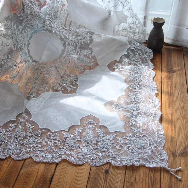 85cm Luxury Tulle Lace Satin Beaded Christmas Tablecloth Gold Silver Splice Cloth Kitchen Home Wedding Table Cover Decoration in Tablecloths from Home Garden