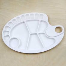 Plastic Oval Painting Palette