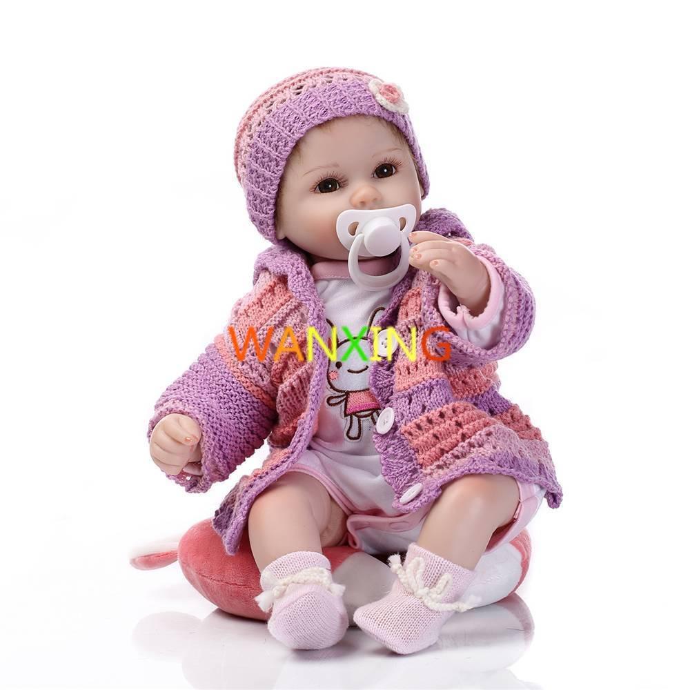 Silicone Reborn poupées 16 pouces fait à la main réaliste nouveau-né Silicone enraciné cheveux corps complet Reborn bébé poupée avec des vêtements tricotés
