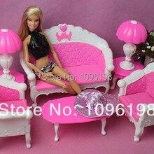 Envío Gratis, regalo de cumpleaños para niña, lámpara de escritorio de sofá vintage de plástico, 6 artículos/accesorios para muñecas de 29 cm