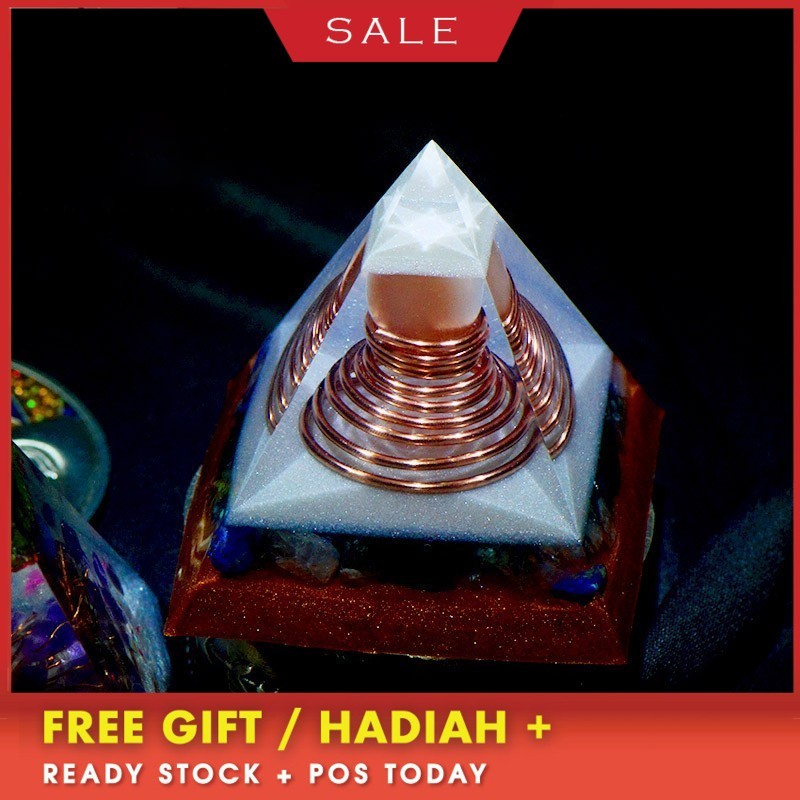 AURA REIKI Orgonite Six-pointed Reiki Pyramid Change Family Contradiction Bring Lucky Crystal Resin Pyramid Chakra Decoration