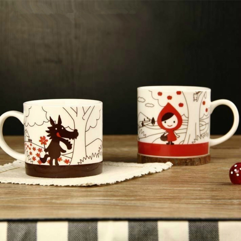 Japanese Decole Otogicco Little Red Riding Hood Timber Wolf Cartoon Fairy Tales 2 Pcs Set Coffee