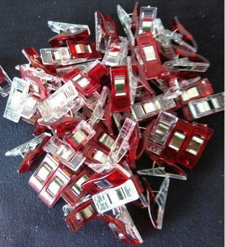 5000 قطع الأحمر PVC مقاطع بلاستيكية ل خليط الخياطة DIY الحرف ، لحاف اللحف كليب البرسيم عجب كليب 2.7*1 سنتيمتر