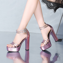 Г. летняя новая стильная кожаная обувь босоножки на очень высоком каблуке и платформе с открытым носком liang pian bao