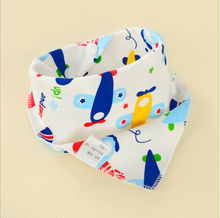 Babies Triangle Scarf 2019 New Cute Baby Boys and Girls Bibs Towel Letter Cartoon Print Toddler