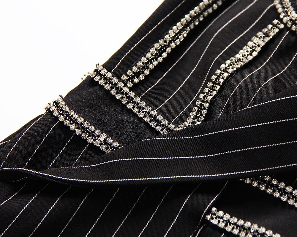 Lourd À Rayures Costume 2019 Lumière Français Nouveau Femelle Perceuse Faux Modèle Gilet Papier Sexy Black Deux Asymétrie Camisole Printemps 4ZZqawX