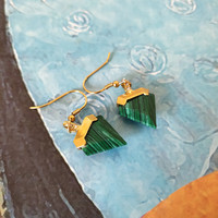 Free shipping fashion 925 silver hoop green peacock stone earrings for woman