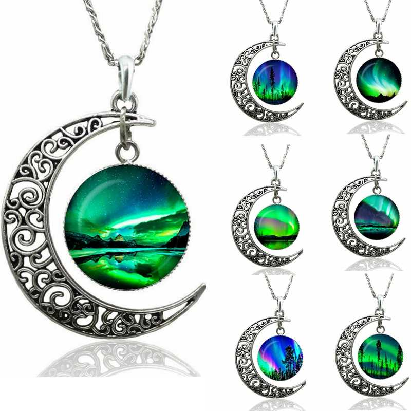 Green Natural Northern Lights Photo Round Crescent Moon Necklace Glass Cabochon Dome Jewelry Metal Handmade Pendant Gift