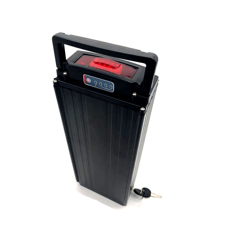 48v 15AH rear rack e bike battery 48v 1000W lithium battery electric scooter battery 48 Volt battery with tai light 30A BMS