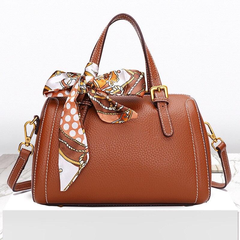 Women Genuine Leather Handbags Big Tote Famous Brands High Capacity Female Shoulder Bag Crossbody Messenger BagWomen Genuine Leather Handbags Big Tote Famous Brands High Capacity Female Shoulder Bag Crossbody Messenger Bag