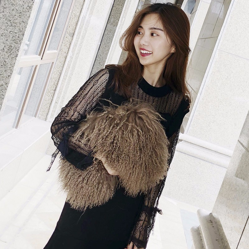 2018 new winter Tibet sheep fur women s handbag memory fabric lady s tote  bag lamb fur female shoulder bag  1b9b58ff38