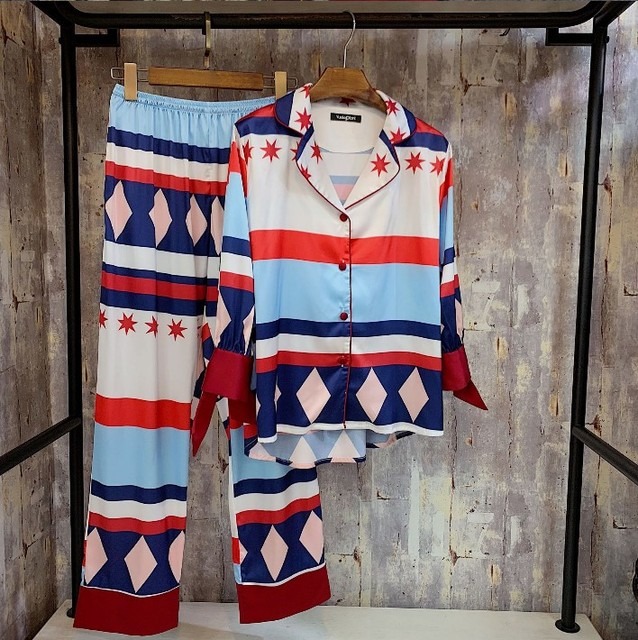 1a1ae6bb340802 2019 New Women Geometric Print Silk Satin Pajamas Long Sleeve Shirt + Pants  Two Piece Set Pyjamas Home Wear Lapel Sleepwear
