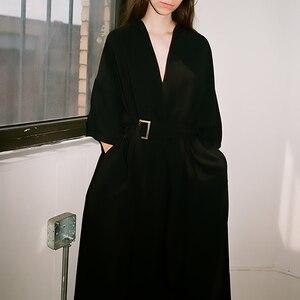 Image 3 - [EAM] 2020 חדש אביב קיץ V צוואר חצי שרוול שחור רופף מותניים תחבושת כיס ארוך גדול גודל שמלת נשים אופנה גאות JT063