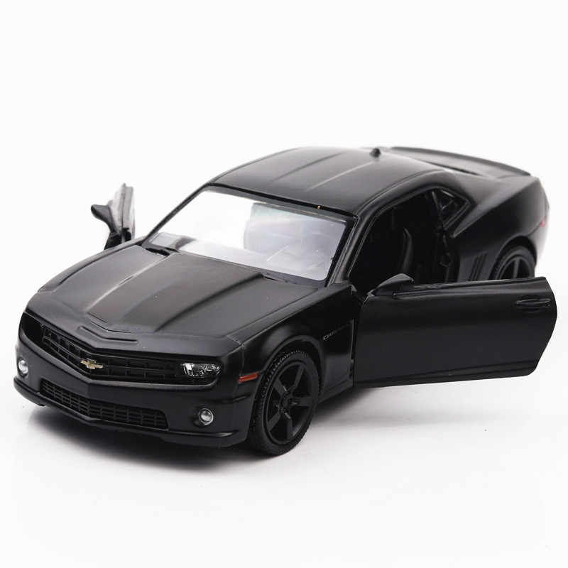 1:36 United States Chevrolet Camaro Alloy Diecast Car Model Toy Pull Back Cars Birthday Gift For Children Kids Adult Collection