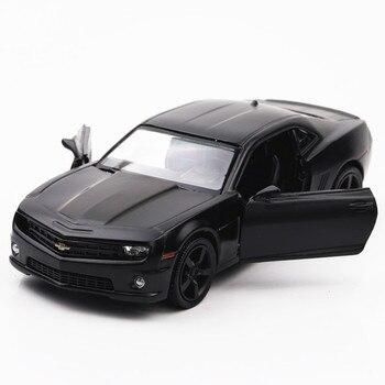 1/36 odlew ze stopu Camaro model samochodu zabawka 2 drzwi otwarte wycofać matowy czarny samochody urodziny prezenty dla dzieci dorosłych kolekcje