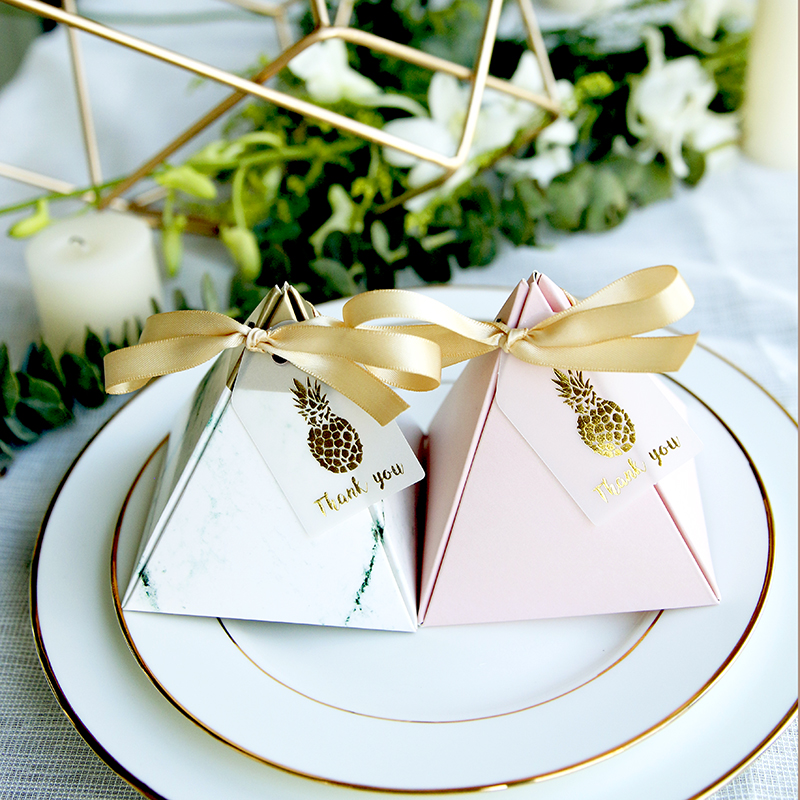 50pcs/lot 100pcs/lot Pineapple Marble Triangular Pyramid Style Candy Box Paper Gift Boxes Wedding Party Favor Decoration Wedding