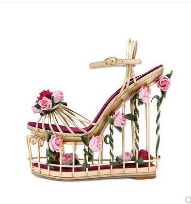 Nouveau Design femmes Floral cheville boucle sangle chaussures de mariage élégant fleur décoration évider haute plate-forme sandales à talons compensées
