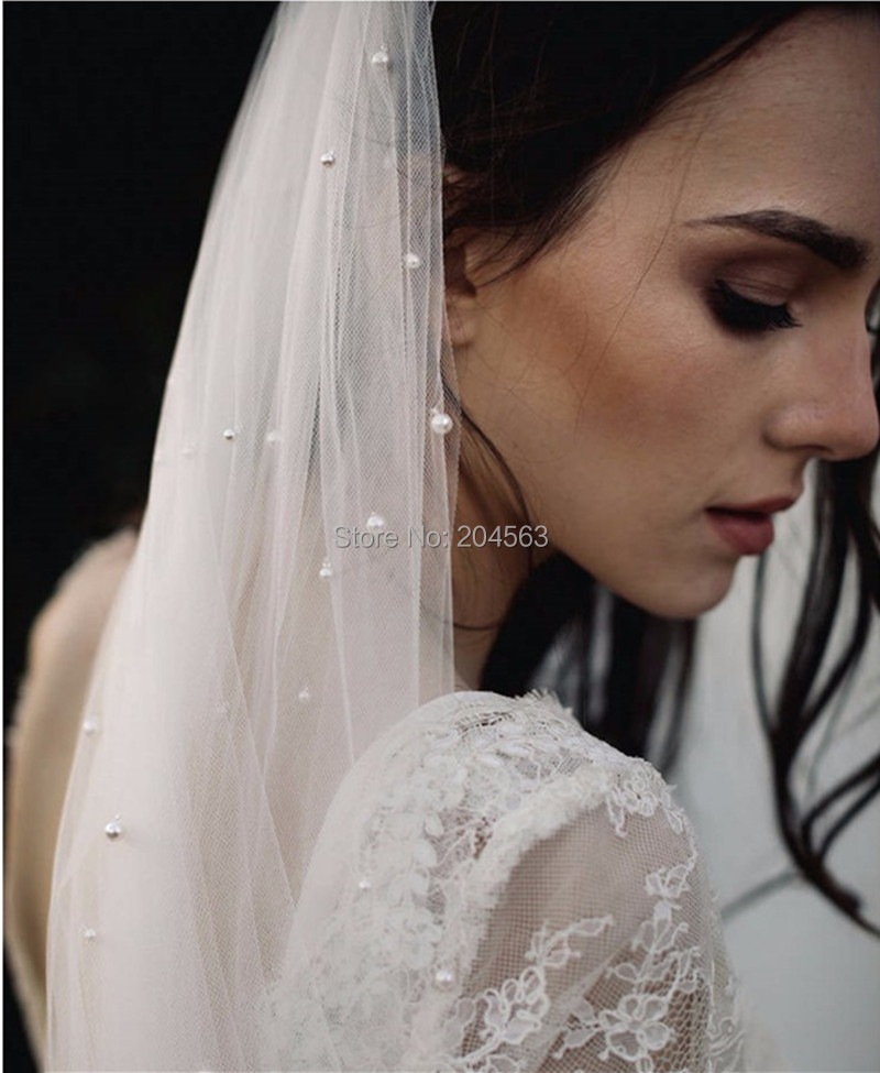 Beaded Wedding Veil Church Bridal Veils for Bride with Comb Wedding Accessories